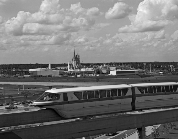 5 Facts About Disney's Monorails